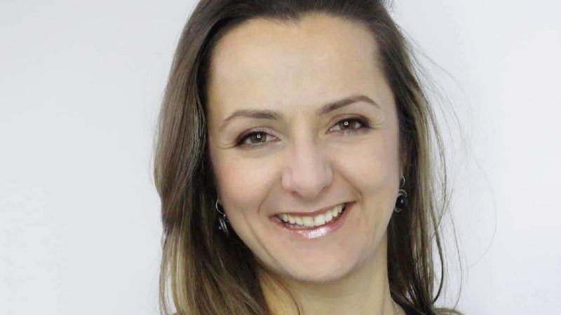 Яна Милошева: Дигиталната среда може само да ни помогне да се свързваме по-лесно един с друг